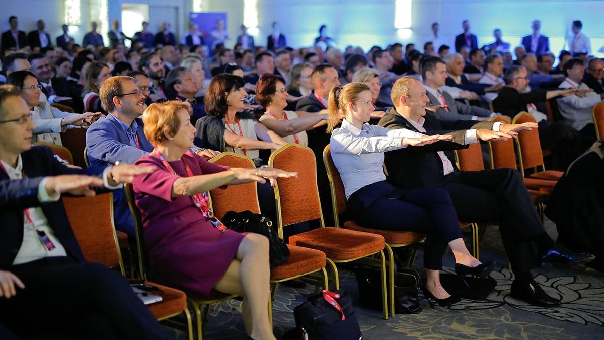 Konferencia konferencia, évnyitó partnernap, évzáróesemény, partnertalálkozó, sajtótájékoztató, hostess közvetítés, rendezvényszervezés